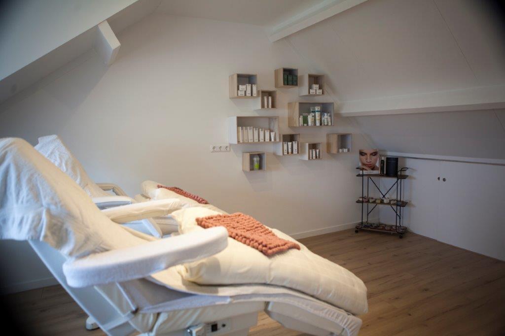 Schoonheidsbehandelingen en massage Haarsteeg